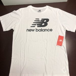 White new balance logo T-shirt XL